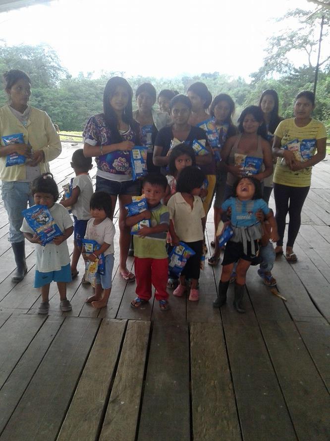 Guayacana-9-2016-recipients-and-families-3