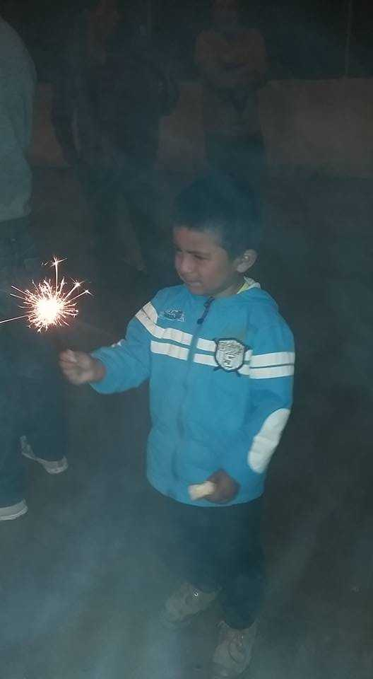 Cuenca-1-1-17-Jared-with-sparkler